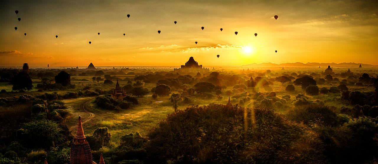 Bagan Sunrise by scwl