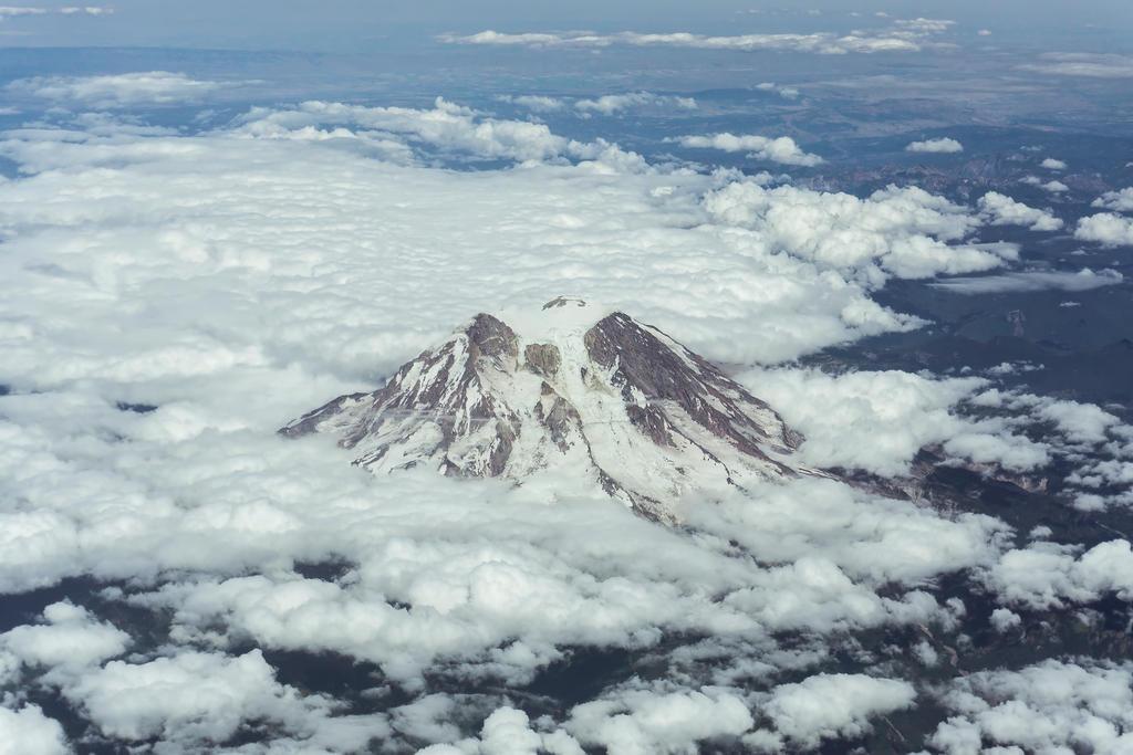 Mount Saint Helens Pt. 2 by wayner8088