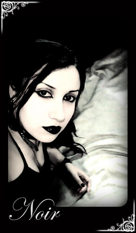 Demira's Profile Picture