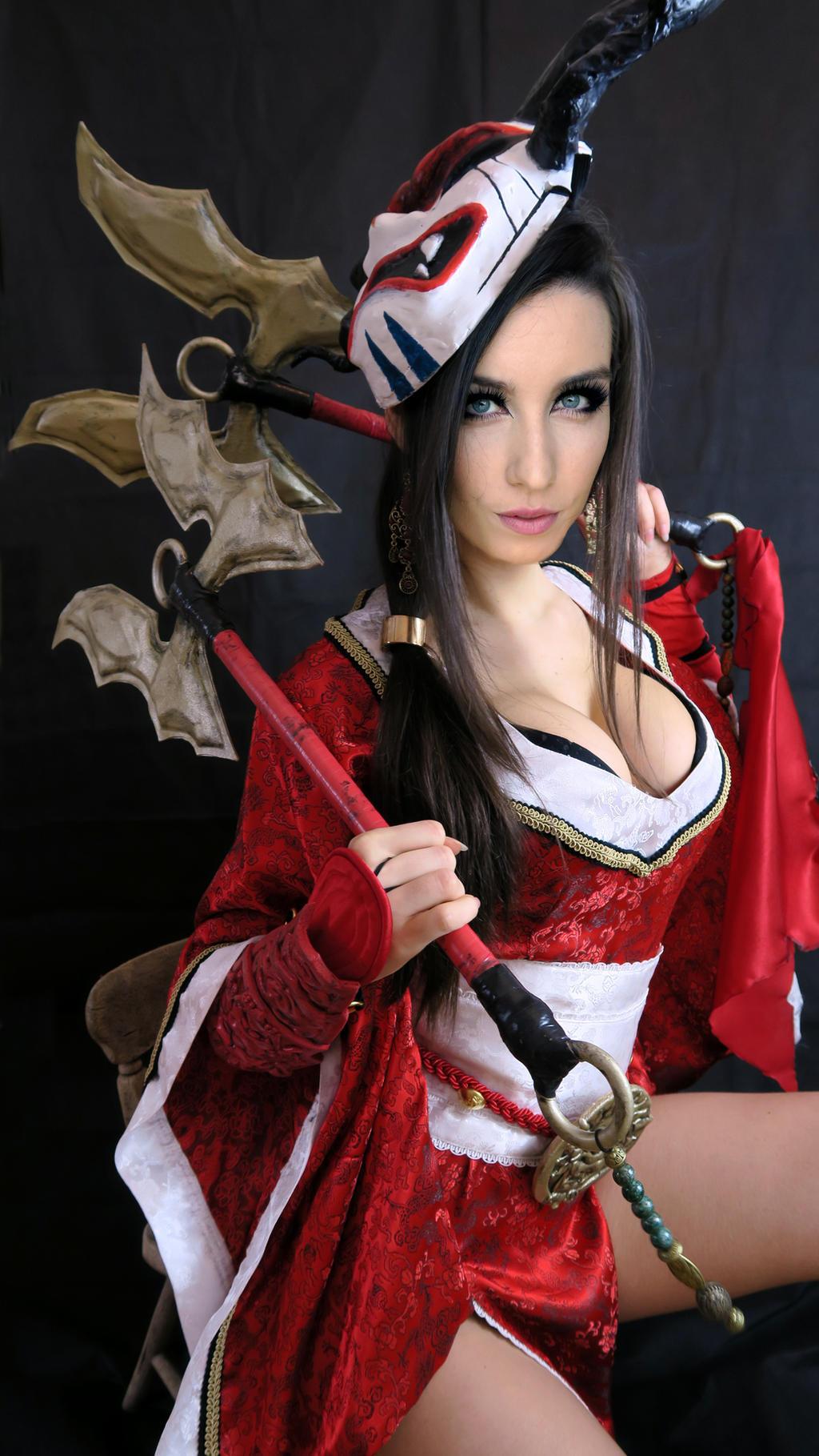 Blood Moon Akali Cosplay League of Legends by Beaupeep101 ...  Bloodmoon Akali Costume