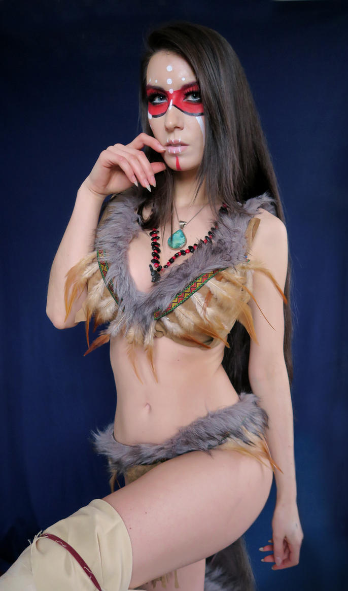 Sexy Forsworn Skyrim Cosplay by Beaupeep101