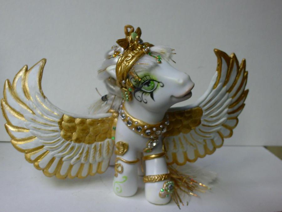 little pony egyptian III by AmbarJulieta