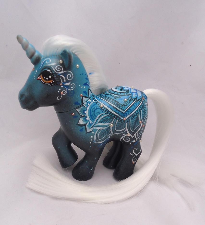 My little pony custom  henna Vanisa by AmbarJulieta