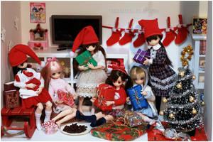 Picconeemo Christmas by sherimi