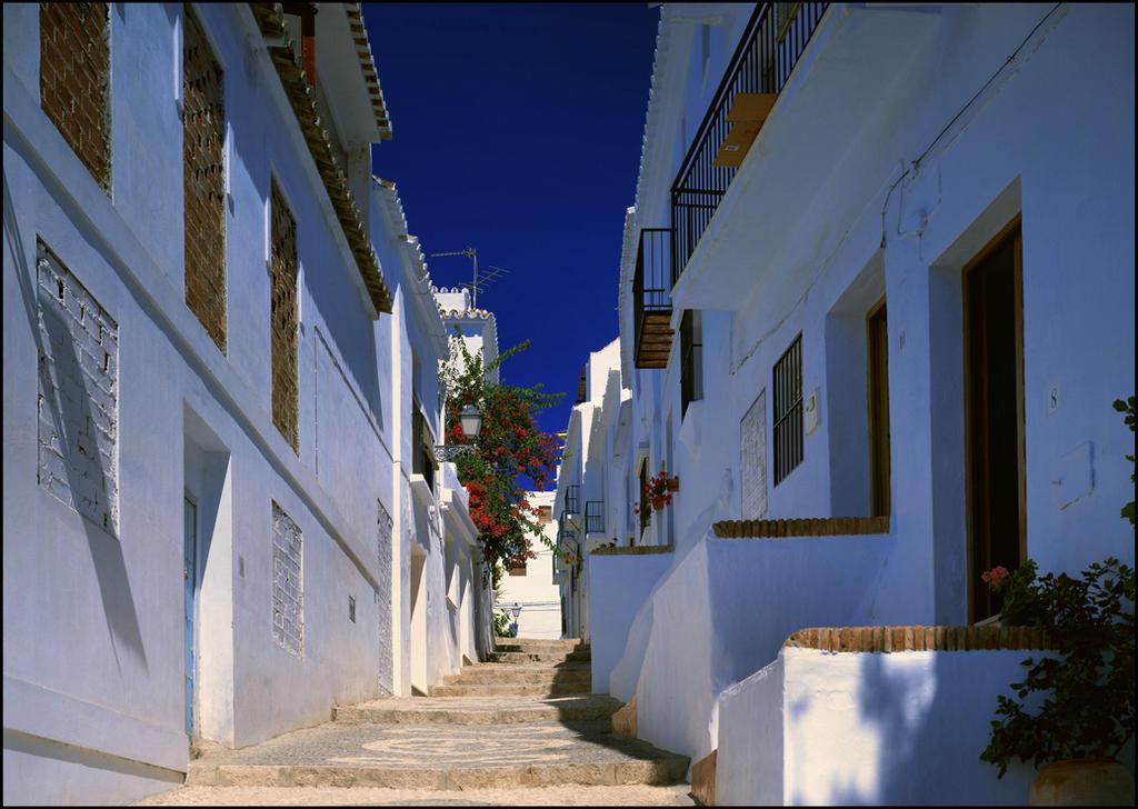 Santorini by w1cToria