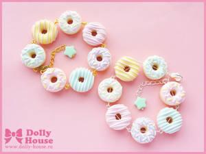 Pastel Donuts Bracelet by Dolly House