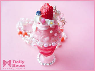 Strawberry Parfait Necklace by Dolly House