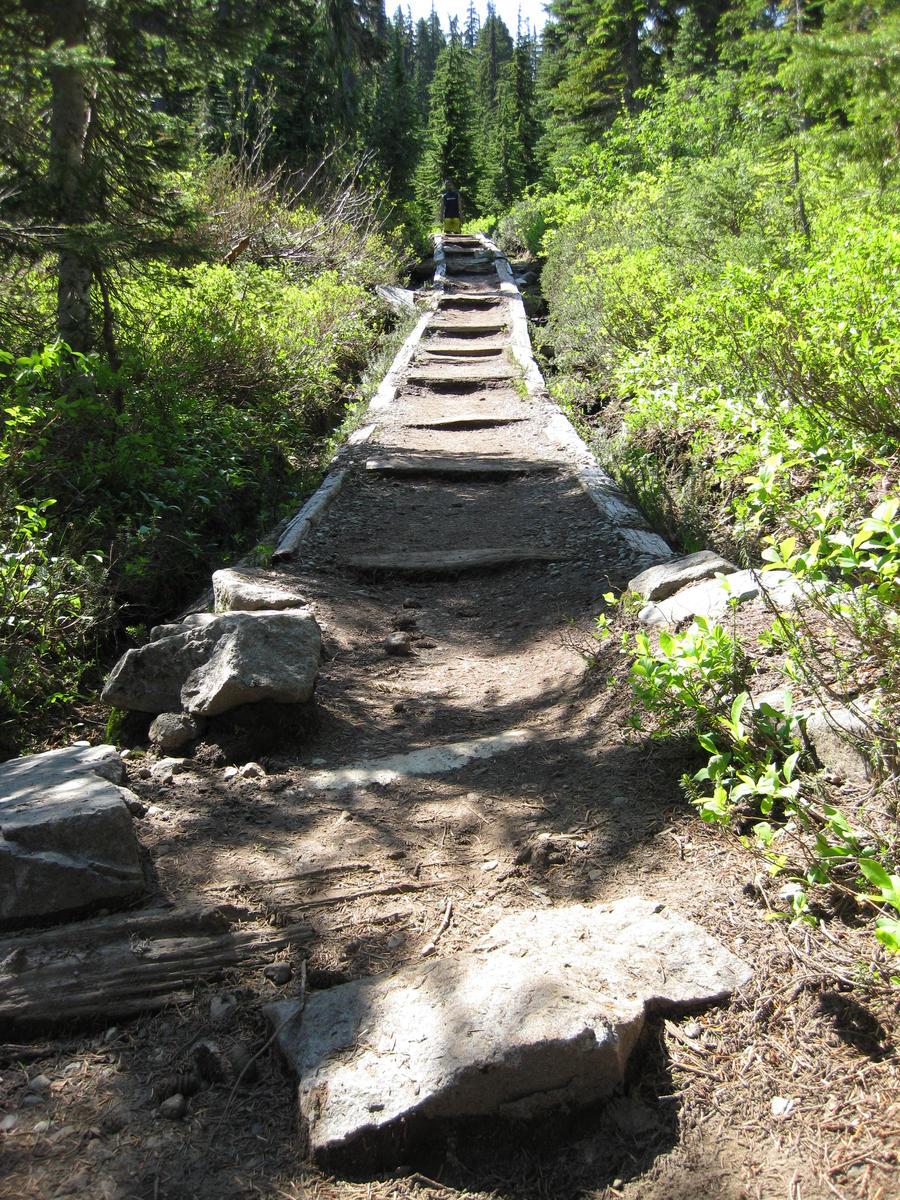 Pinnacle Peak Trail by SachiyeKazumi