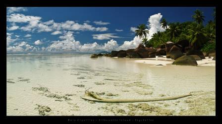 Silhouette Island Seychelles by etdjt