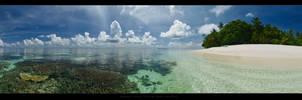 Madoogali Island - North Ari Atoll - Maldives 2012 by etdjt