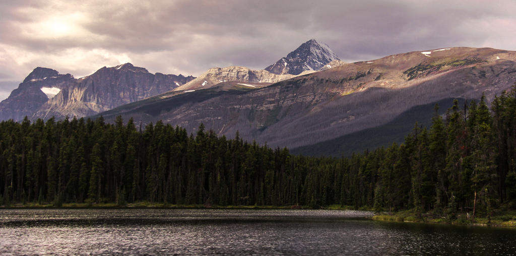 Mountain's Majesty by KRHPhotography