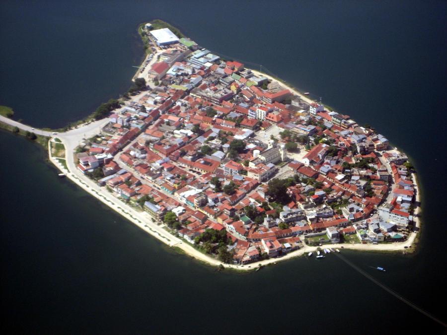 Isla de Flores, Peten