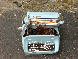 typewriter by theblo0dbr0thers