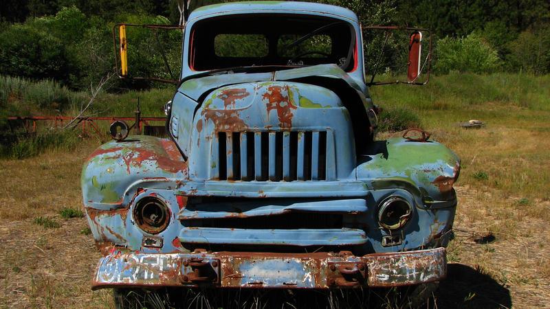 Junk Truck II by FoxStox