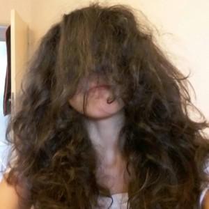 SarahPomPom's Profile Picture