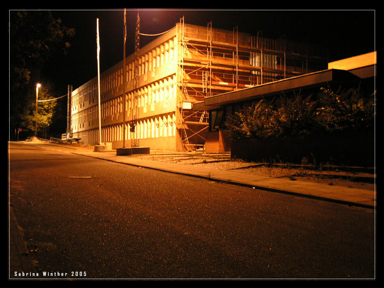 building on night time - photo #10