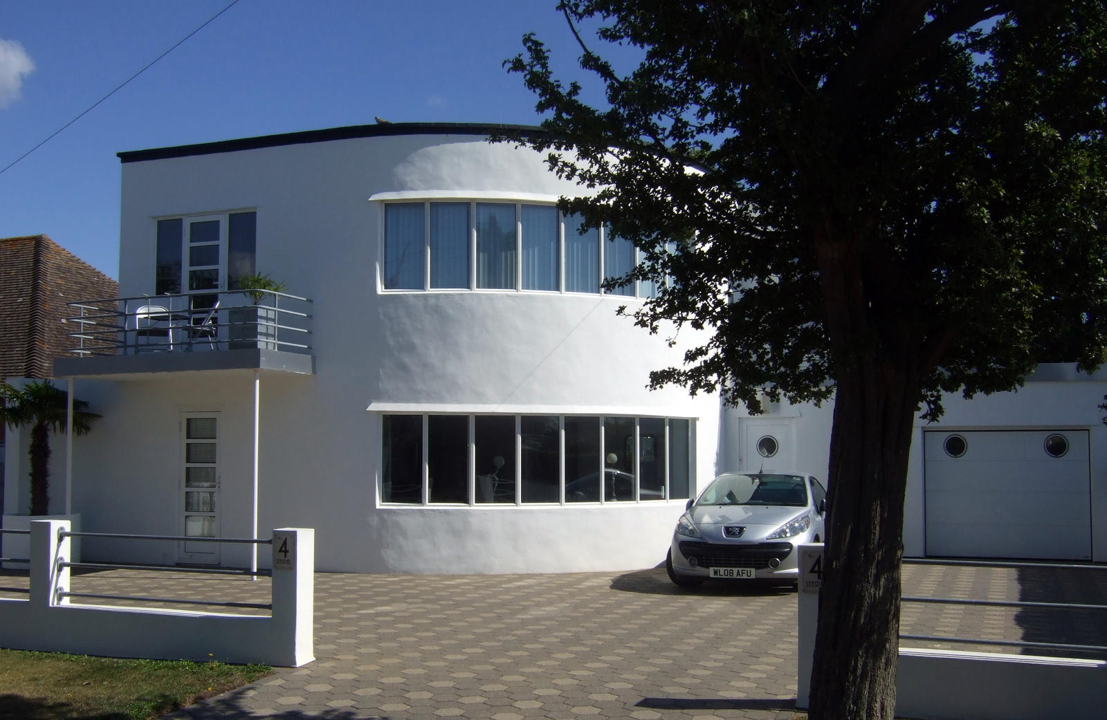 Art deco homes houses 7 by sceptre63 on deviantart for Home and deco