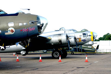 b17s pink lady and liberty bell duxford uk 2