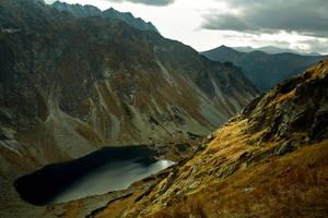 Dolina Ciemnosmreczynska by kachahaha