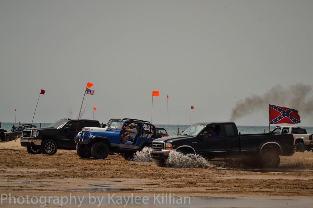 Dune Races by rodeoXgurl