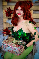 Christmas Poison Ivy by melcosplay
