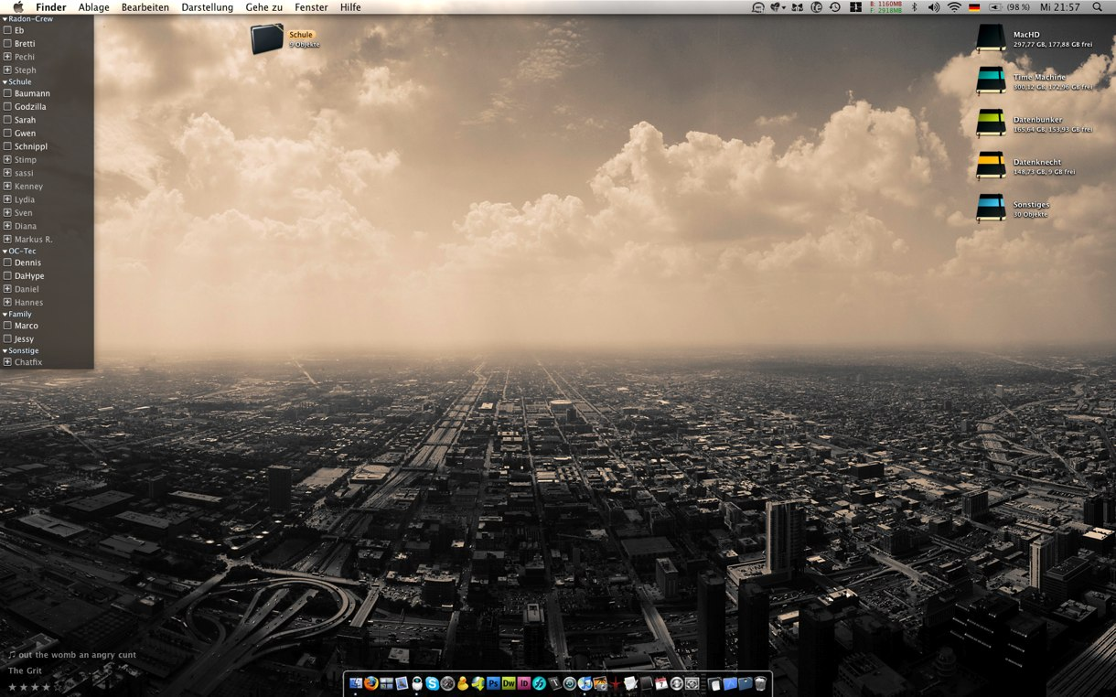 Desktop Jan 09 by marse77