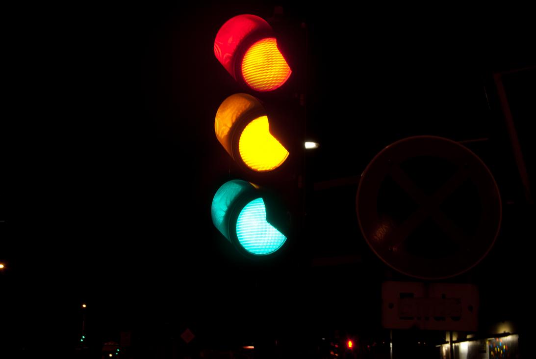 tricolor traffic light by d4rkst0rm on DeviantArt for Real Traffic Light Night  150ifm