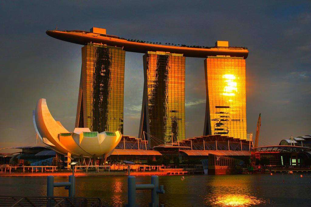 Singapore Angle by Callu