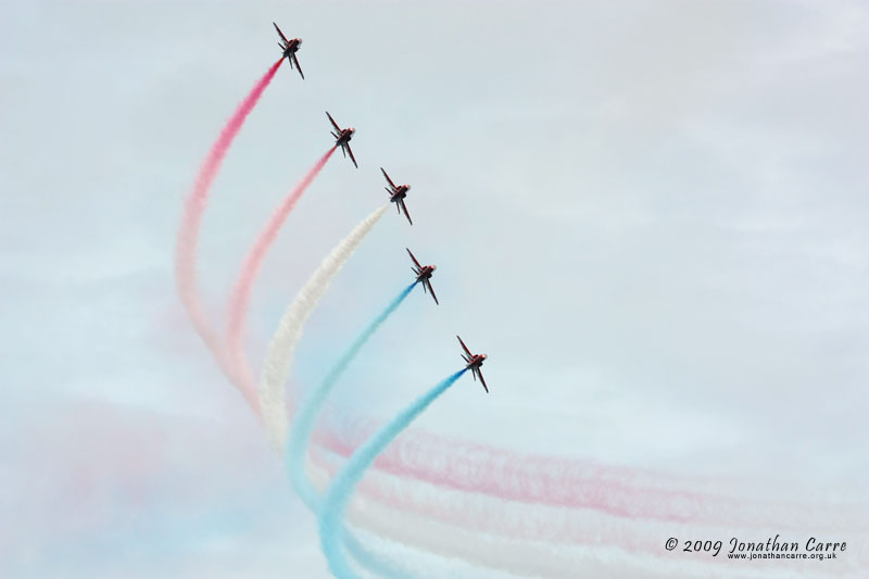 09 Red Arrows 1 by InsaneGelfling