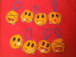 Emoticon keychains by eugeal
