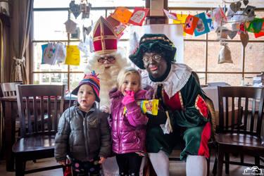 Kids With Sinterklaas and Zwarte Piet by SIG442