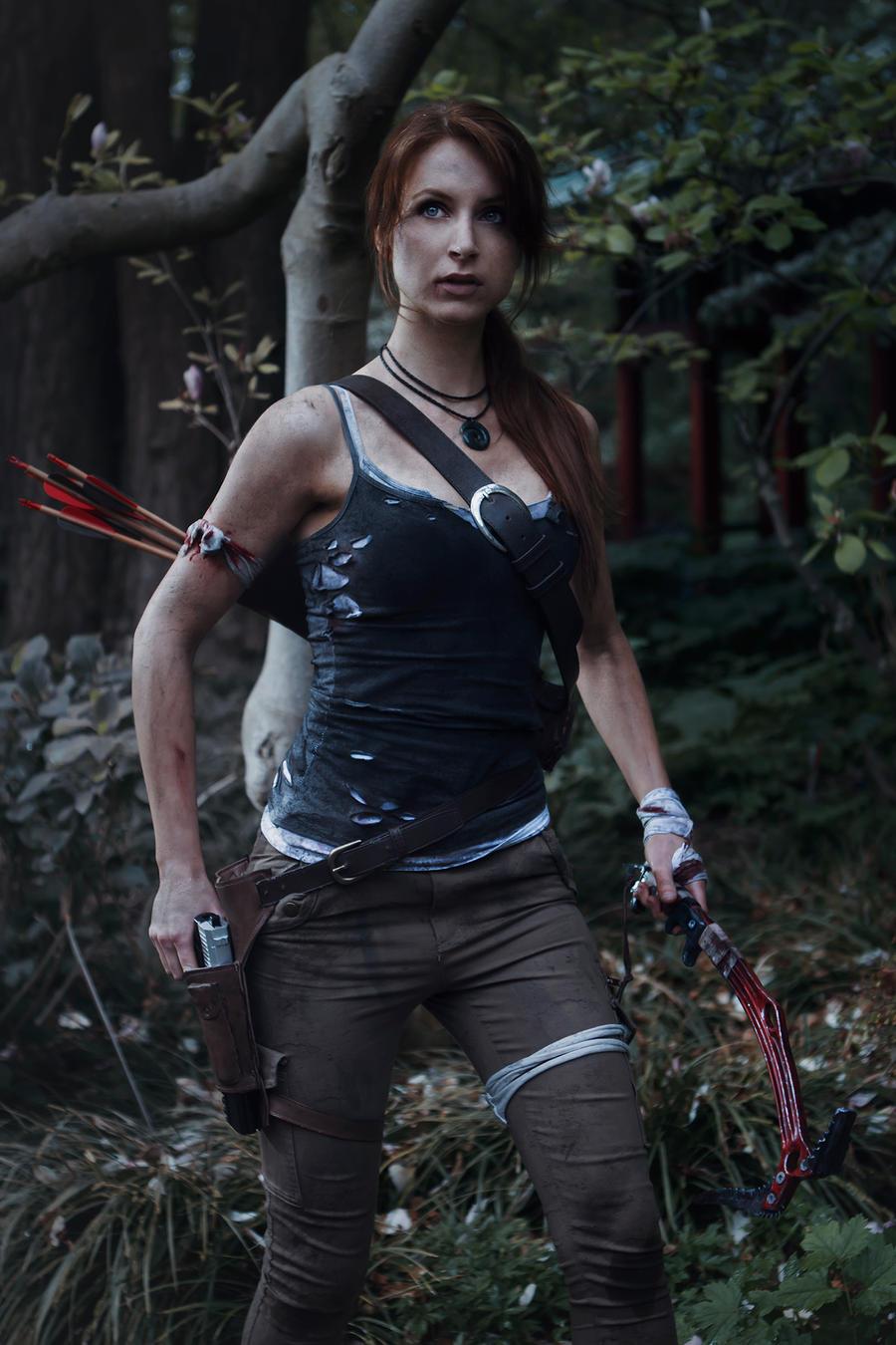 Lara by night by Lena-Lara