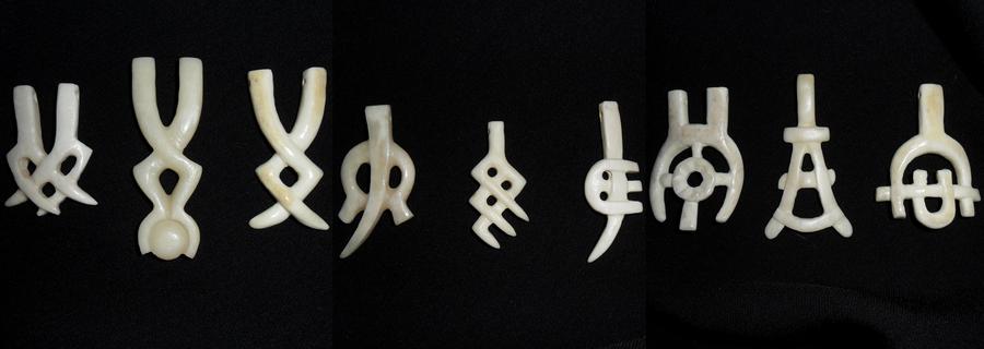 Bone pendants 01 by ClaudioTurcovich