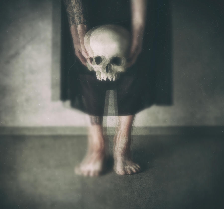 Sorrow And Death by WomanofDarkVisions