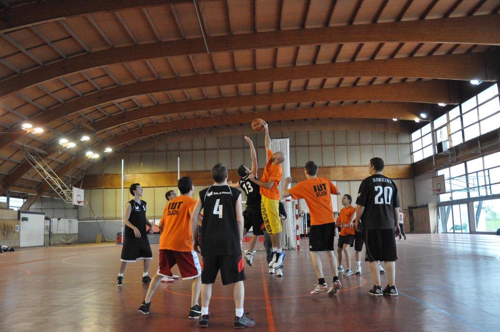 Sport by KorventennPhoenix