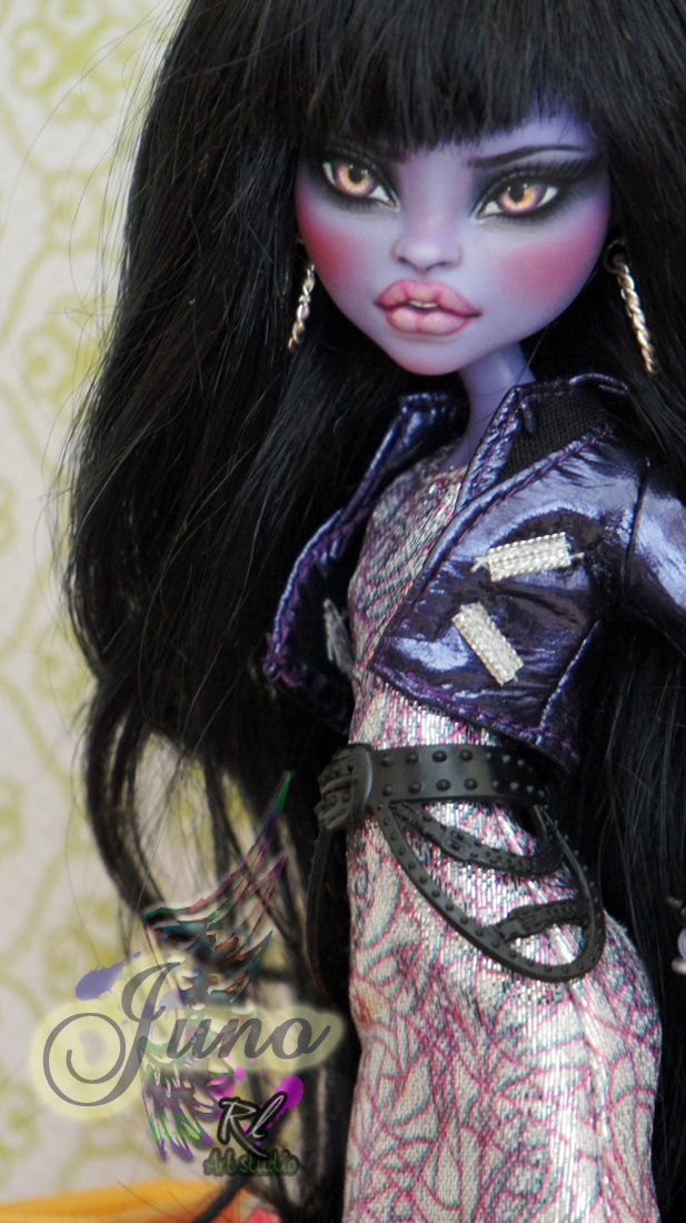 ~Juno~ Monster High Jane Boolittle by RogueLively