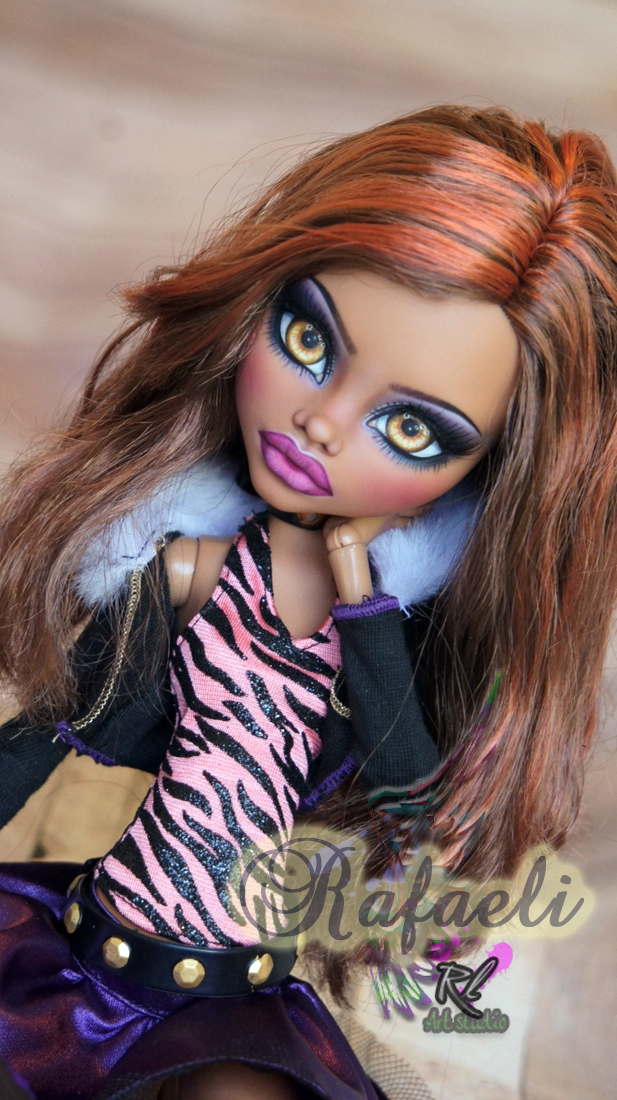 ~Rafaeli~ Monster High 17 inch Clawdeen Wolf by RogueLively