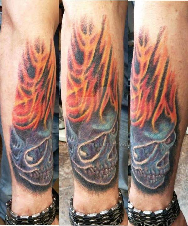 Blue Skull w/Flames by Mr-Taboo