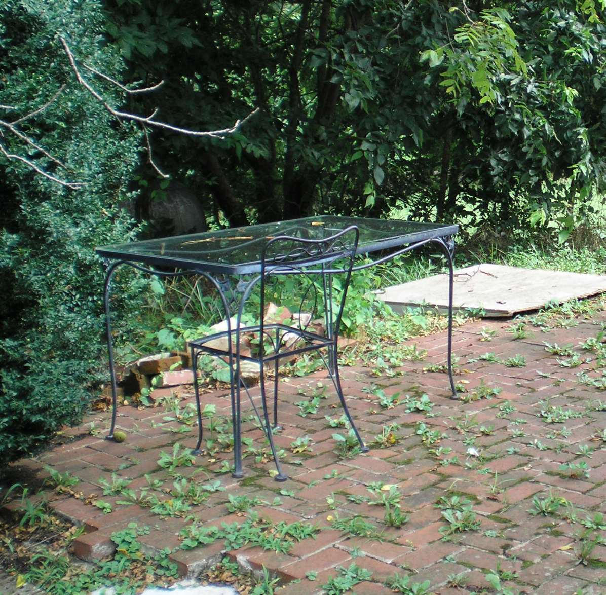 SHWC2006: Outdoor sitting area by steward