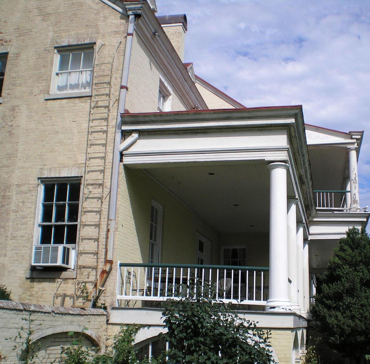 SHWC2006: Mansion Right Annex by steward
