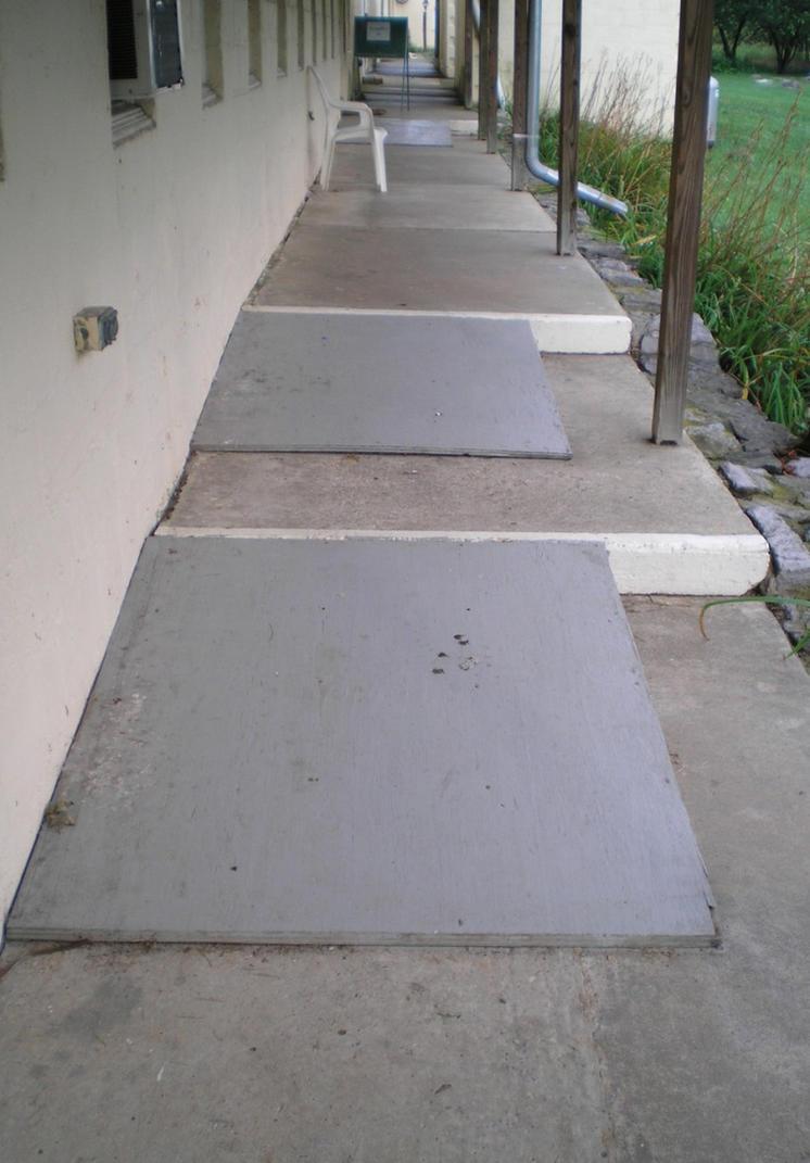 SHWC2006: Barn Rear Walkway by steward
