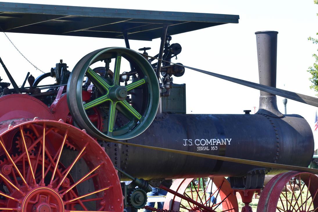 Pioneer Tractor by HoosierDesign