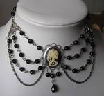 dark skull neckalce