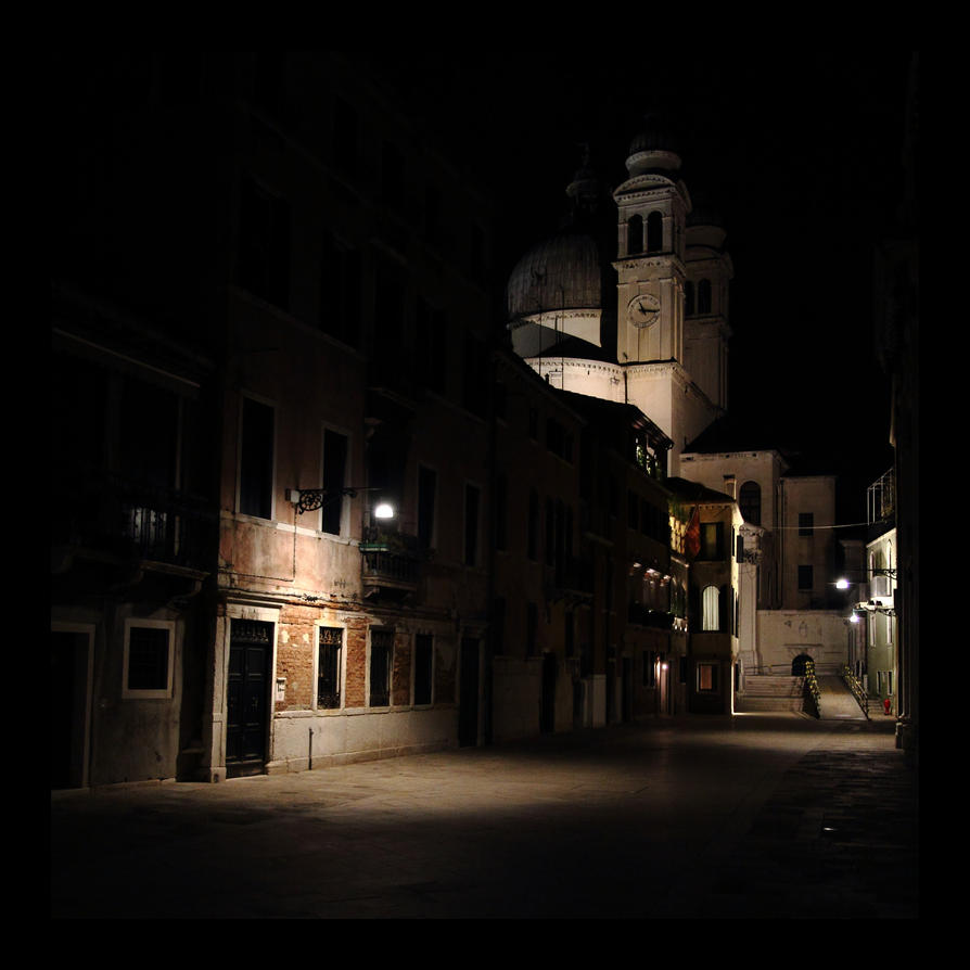 Venice in the dark by Vautch