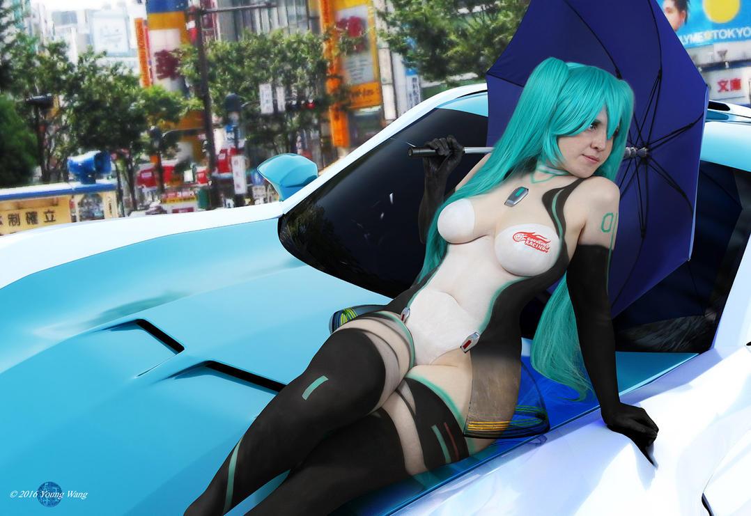 Racing Miku by HoiHoiSan