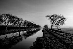 Canal de Champvert 58110 Fr by dc58