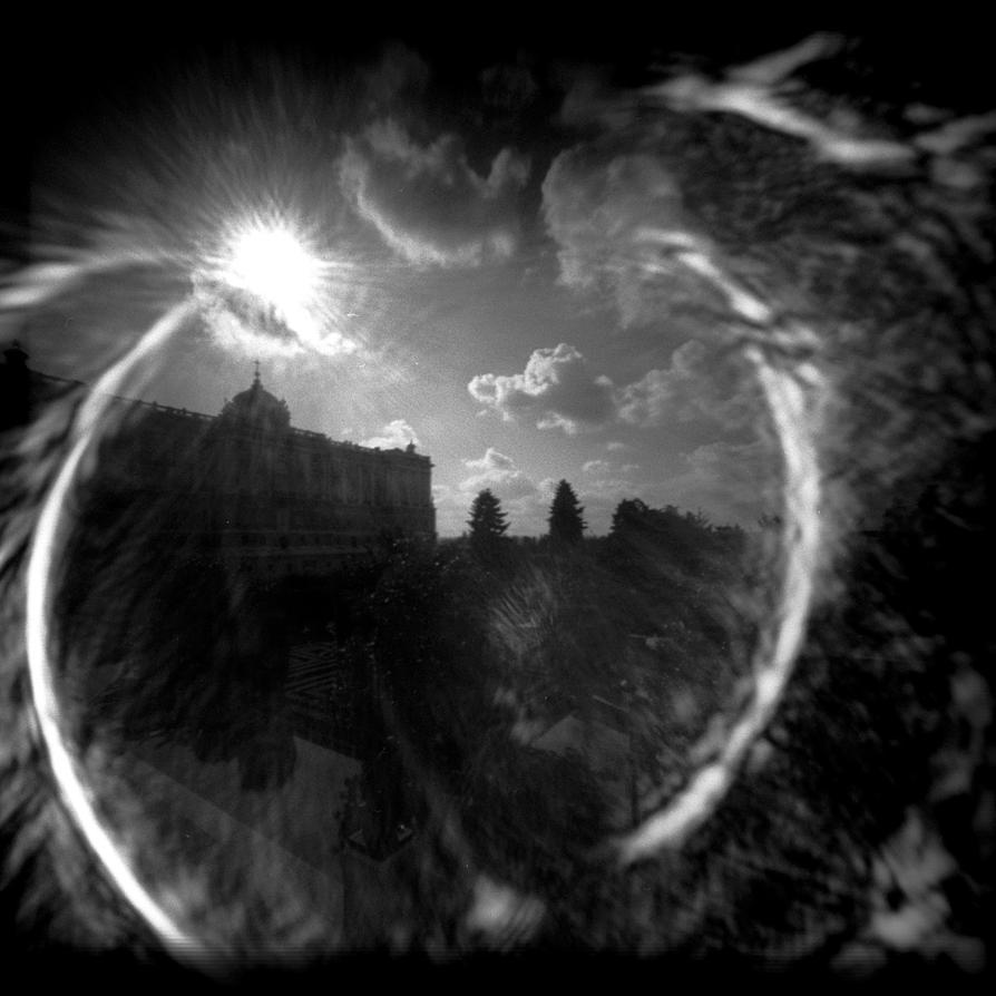 Shiny Palace :PinHole: by alemonio