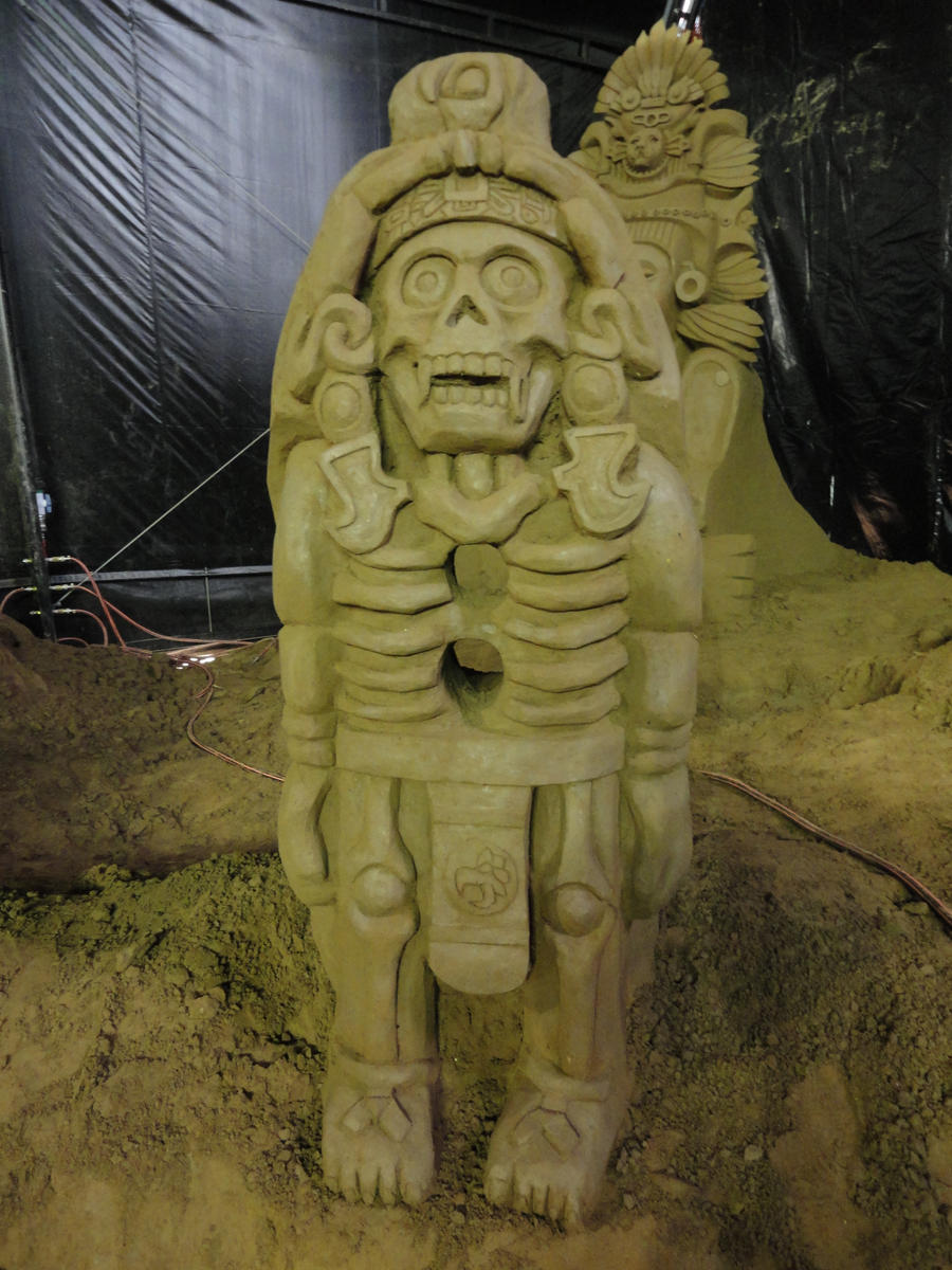 aztec god of death...