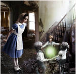 Urban Alice and Morphing Statues