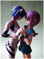 Figurine Shojo-ai ? by Suffle
